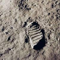 Πήγε ο άνθρωπος στη Σελήνη;